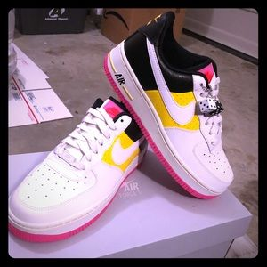 Nike Air Force 1 '07 SE Moto Women's !!!